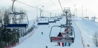 高山滑雪旅游